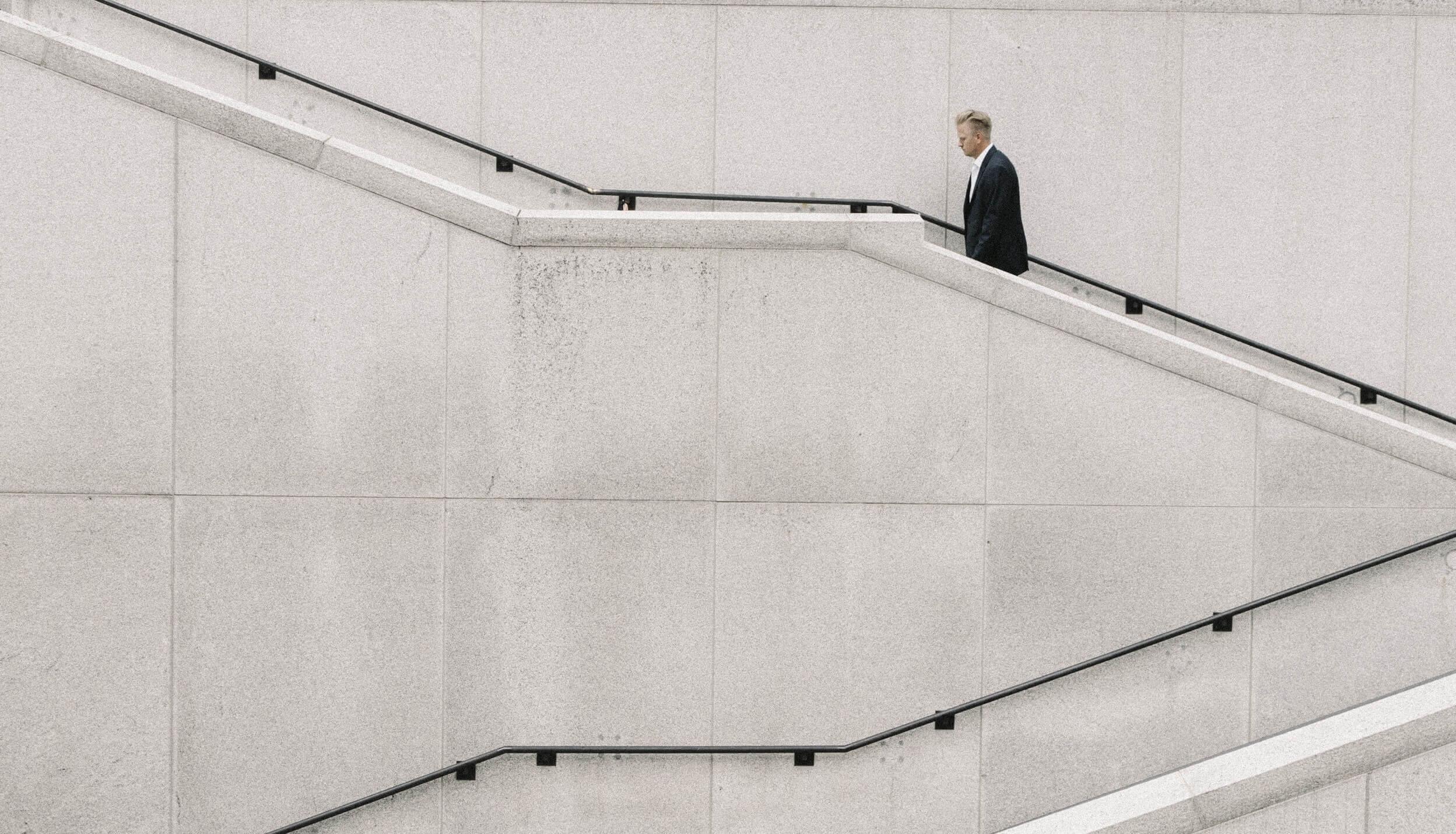 WeltSparen Zinsradar: EZB lässt Zinsen wegen niedriger Inflation und globalen Spannungen unverändert