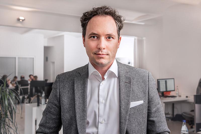 Dr. Daniel Halmer, CEO bei Conny.